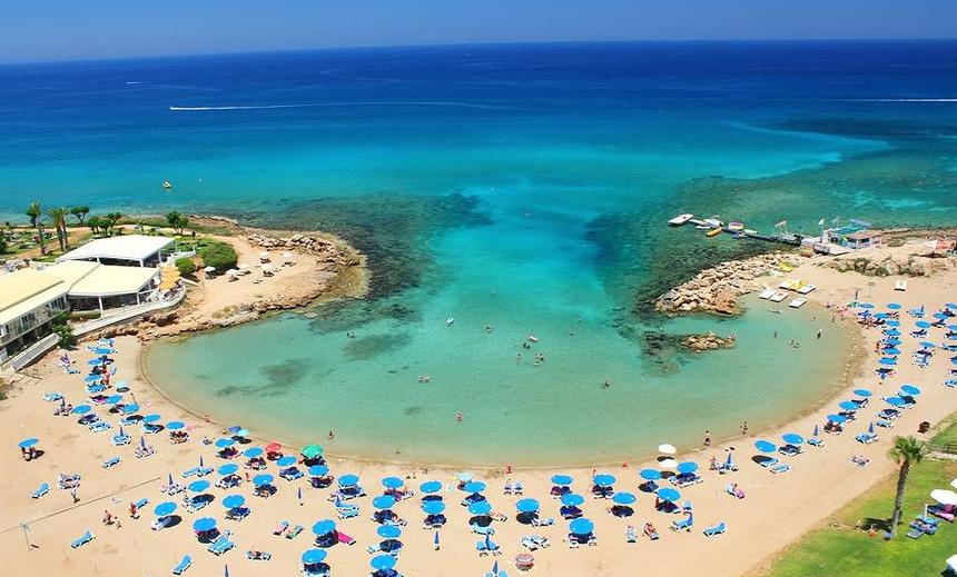 Beberapa Olahraga Air di Protaras Cyprus